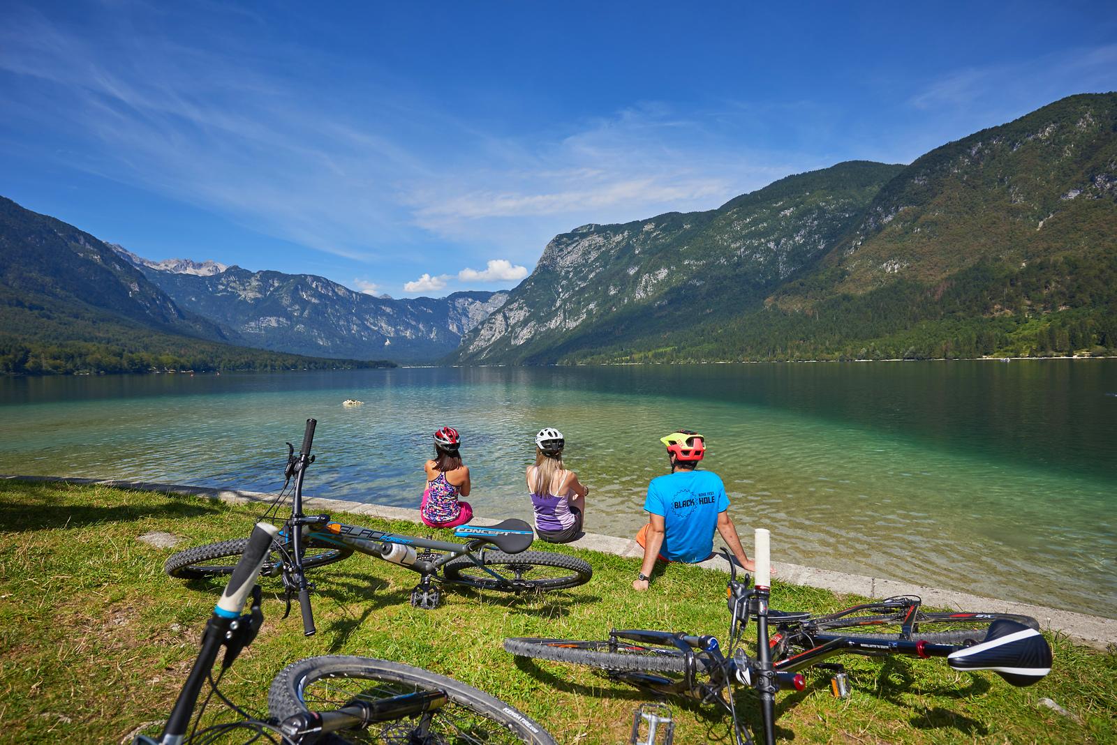 In bicicletta in Slovenia, Tomo Jeseničnik